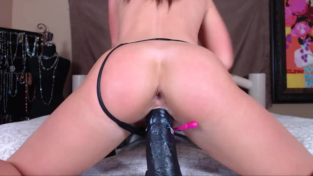 Playing Her Tight Pink Pussy